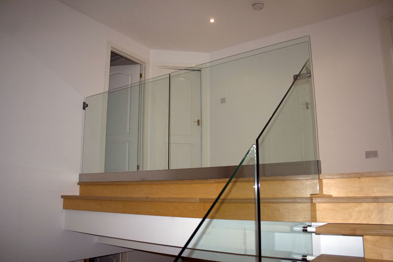 Frameless Glass Staircase Balustrade in Apartment in Bristol City